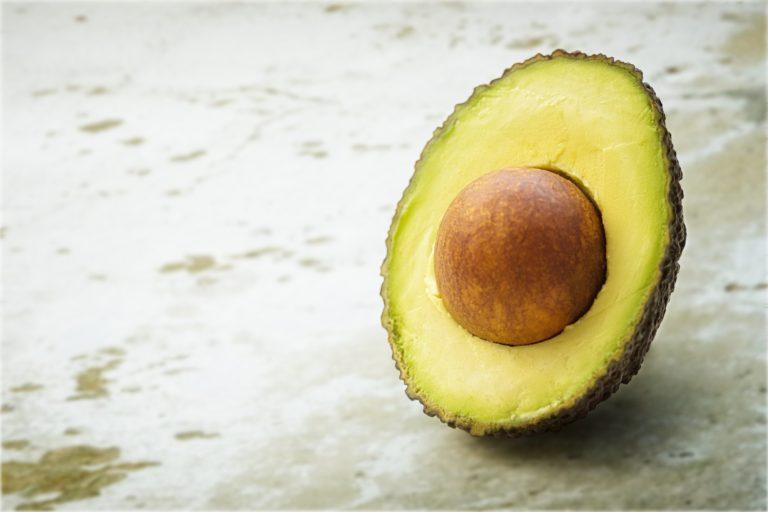 Hvor mange kalorier er der i avocado?