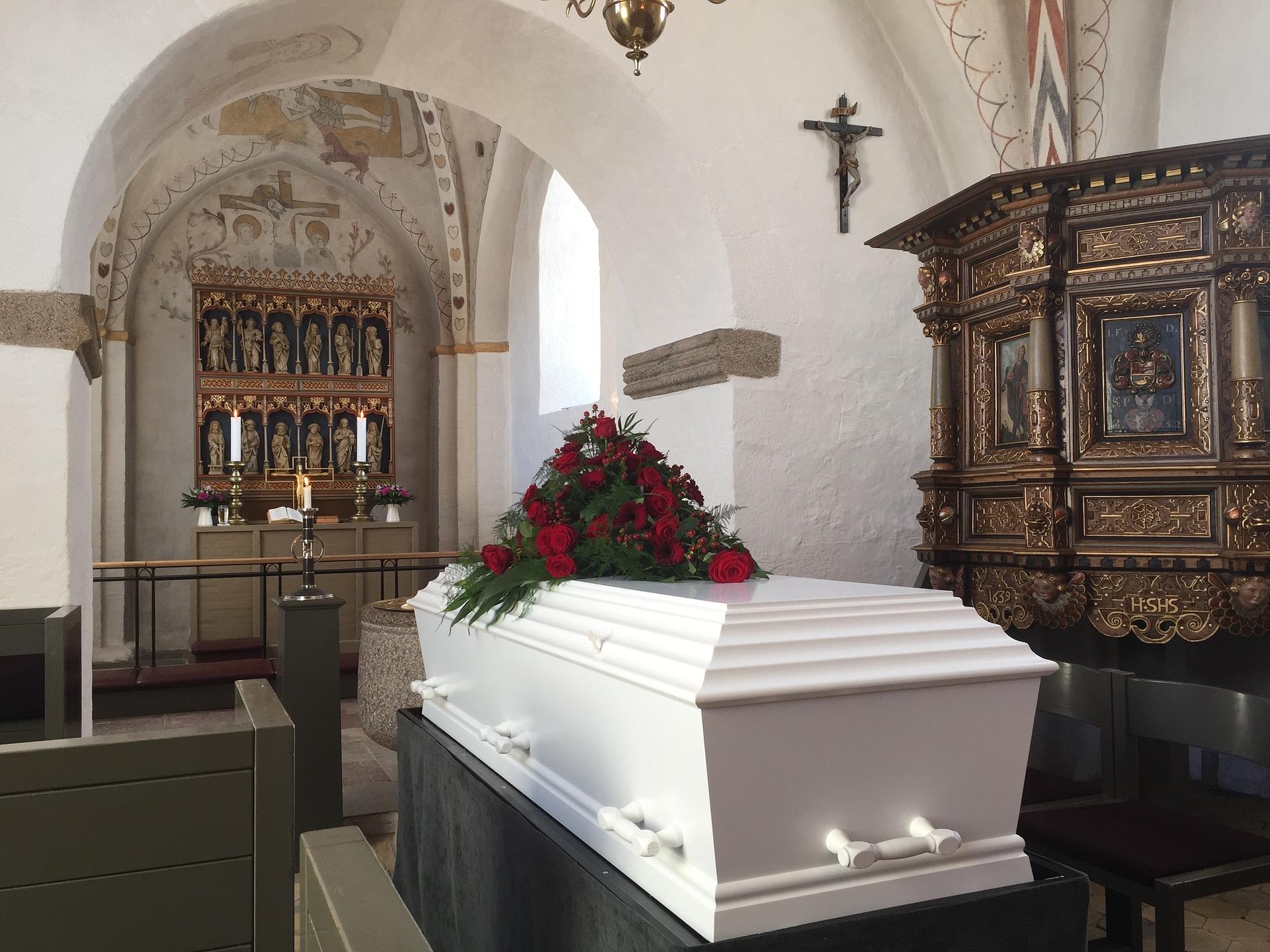Begravelse kiste kirke