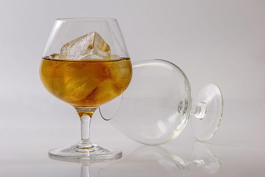 alkohol cognac spiritus